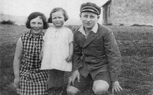Ilse, Inge und Arthur Lichtenstein