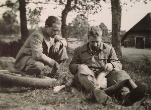 Bernhard Hellmann (links)